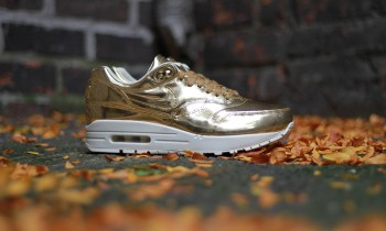 Nike Air Max Liquid metal